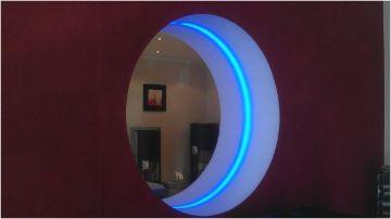 Rundfensterbeleuchtung im Ofenstudio der Firma Eichl Kamin GmbH.